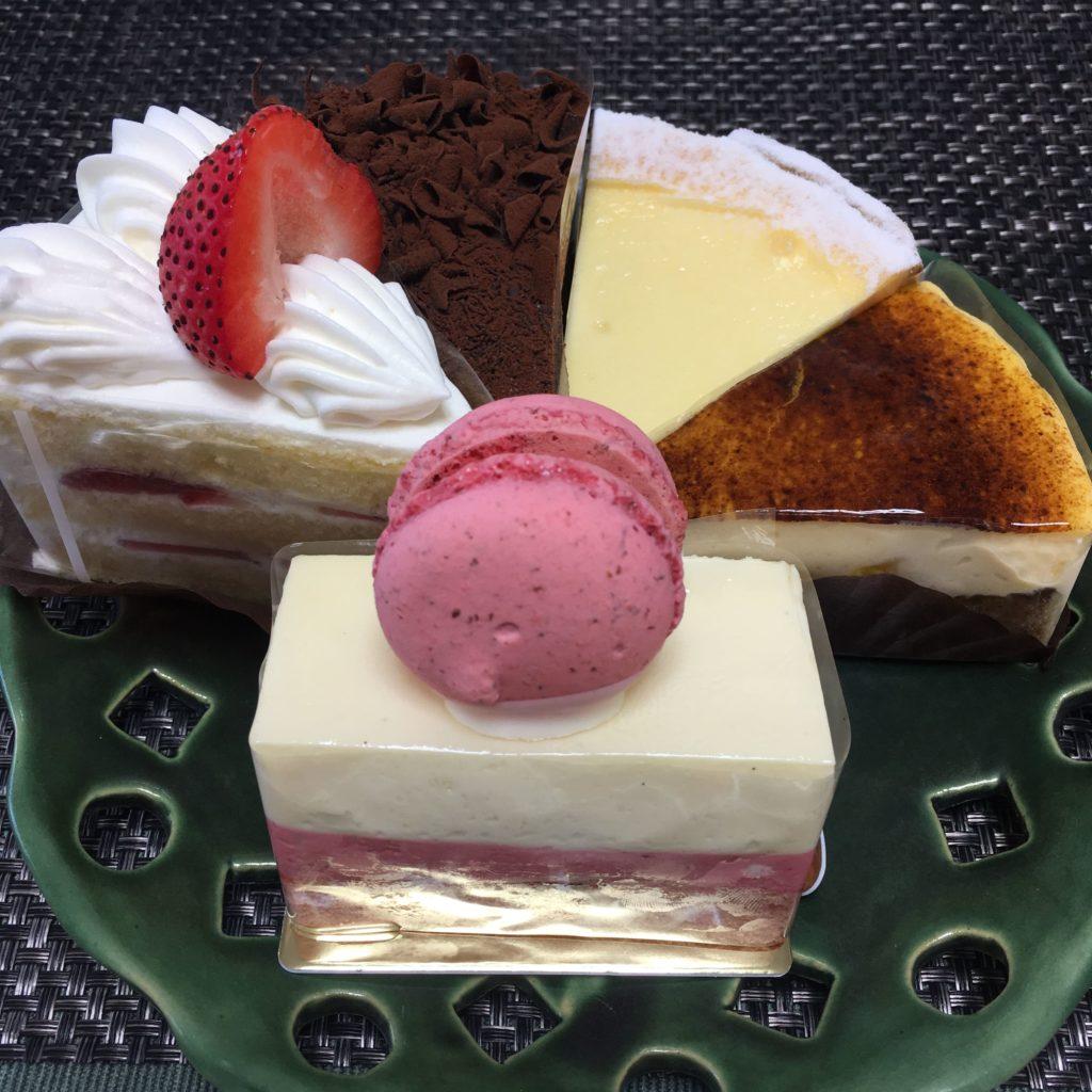 パティスリーサトのケーキ1